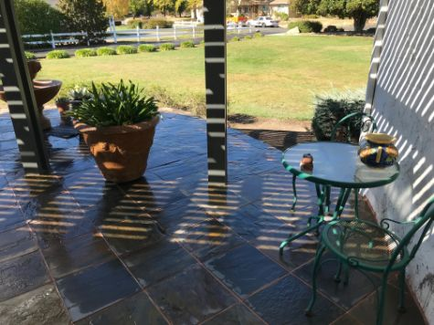 this is a picture of Fremont Flagstone Patio