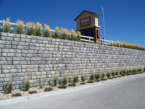 this image shows fremont concrete retaining wall